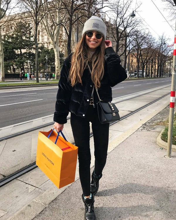 jeans black jeans black boots DrMartens black bag grey hat velvet black jacket sunglasses