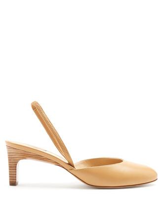 pumps leather tan light shoes