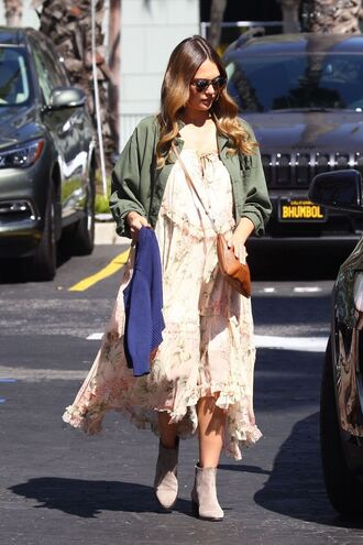 dress maternity dress midi dress fall outfits ankle boots jessica alba streetstyle celebrity jacket