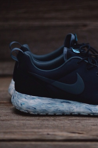 shoes nike running shoes nike sneakers black blue nike free run blouse