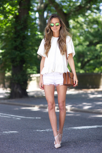 something navy blogger white shorts ruffle white top shoulder bag mirrored sunglasses ruffled top