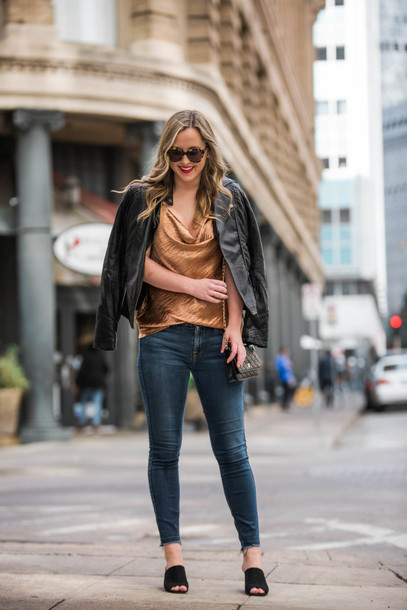 miami + dallas based lifestyle and fashion blog blogger tank top shoes sunglasses fall outfits mules skinny jeans winter outfits black leather jacket