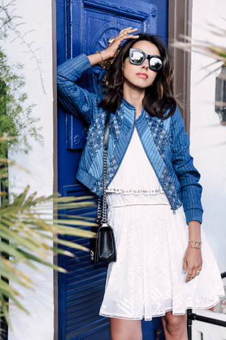viva luxury blogger shoes bag sunglasses jewels denim jacket white dress black bag chanel date outfit