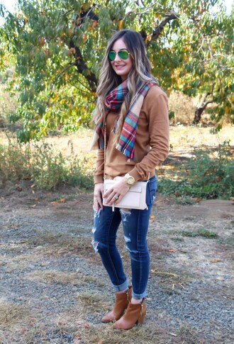 looks like rein blogger sweater scarf shoes bag jewels sunglasses