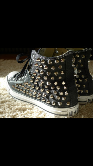 spikes shoes