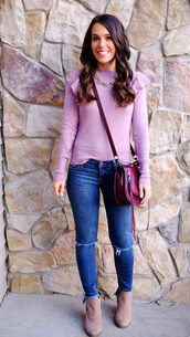 mrscasual,blogger,sweater,bag,jewels,jeans,shoes,crossbody bag,ankle boots,boots,skinny jeans