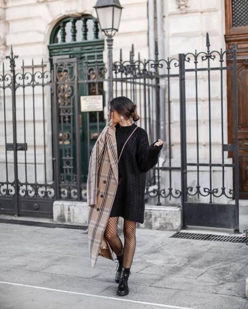 coat tumblr plaid plaid coat long coat camel camel coat black dress dress sweater dress knit knitwear knitted dress boots black boots