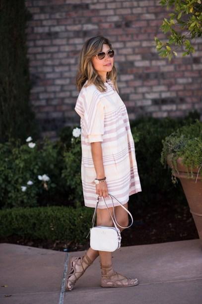 themintmom blogger dress bag shoes sunglasses