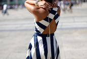 dress,backless dress,clothes,blue,white,striped dress