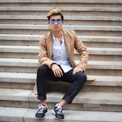 alexander liang,blogger,menswear,camel,mens coat,mens shoes,classy wishlist,mens straight jeans,mens low top sneakers,mens sneakers