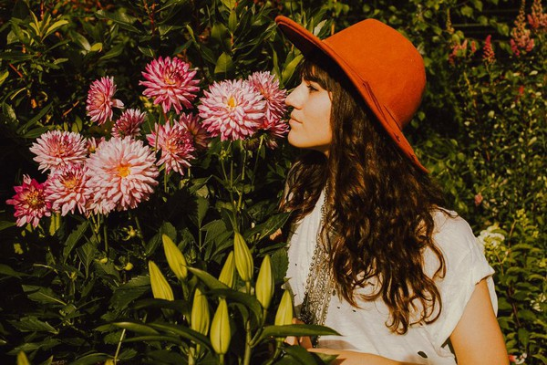 orange free people orange hat hipster summer outfits boho hat the mop top blogger flowers