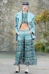pants,top,crop tops,jacket,Paris Fashion Week 2017,chanel,runway,model