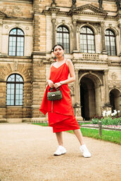 dress,dressr,red dress,midi dress,bag,shoes,sneakers
