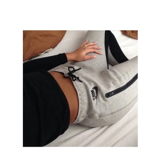 pants nike nikepants greyandblack top