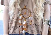 shirt,brown shirt,suede,necklace,dreamcatcher,jewels