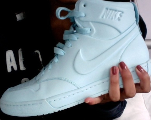Nike white high tops | We Heart It