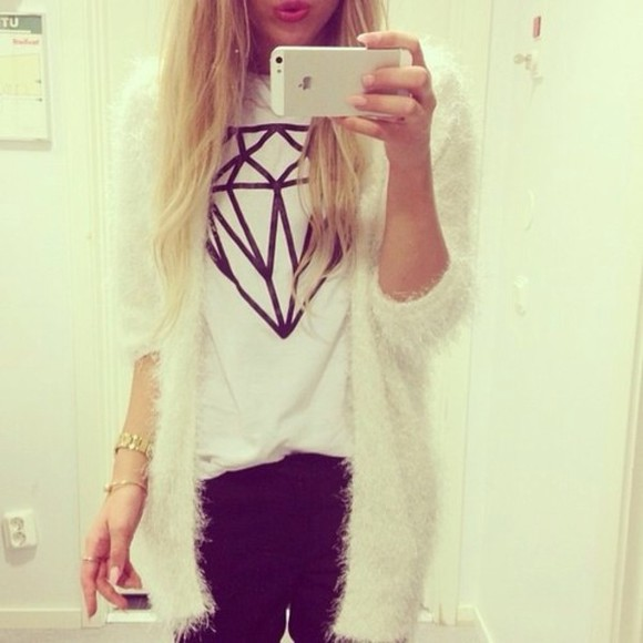 long white sweater cardigan t-shirt