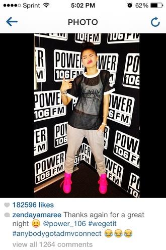 shirt jersey jersey tee baseball jersey black pink neon grey sweatpants white b&w shoes
