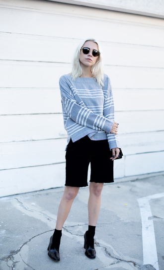 always judging blogger sweater shorts shoes sunglasses striped sweater round sunglasses grey sweater