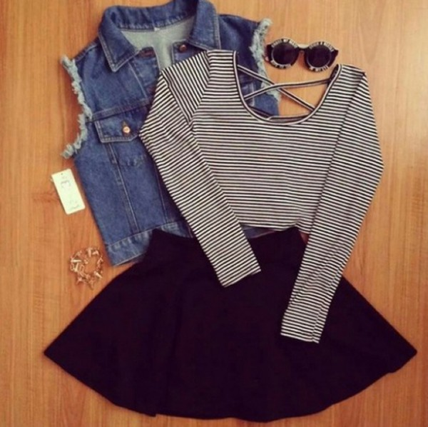 t-shirt tumblr outfit striped shirt crop tops black white