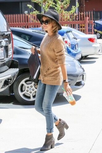jeans denim sweater sarah hyland ankle boots hat shoes