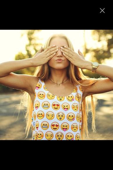 yellow emoticons smiley whatsapp