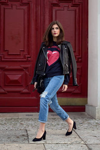 simple et chic blogger jacket sweater jeans shoes