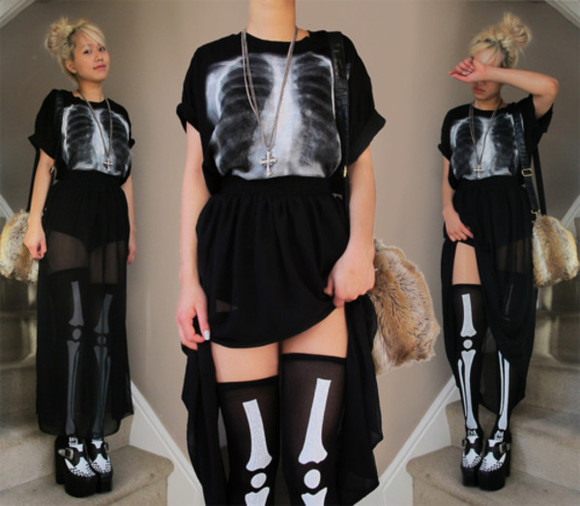 black t-shirt chest x-ray loose fit black and white