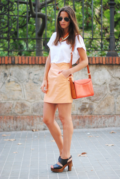 fashion vibe skirt t-shirt jewels bag shoes sunglasses