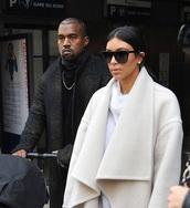 sunglasses,kim kardashian,jewels,coat,kim kardashians