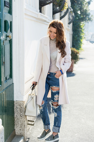 the fashion fruit blogger ripped jeans white coat white bag coat sweater jewels jeans shoes bag