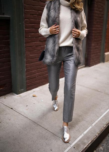 memorandum blogger pants shoes jacket sweater faux fur vest turtleneck sweater fall outfits winter outfits metallic shoes derbies