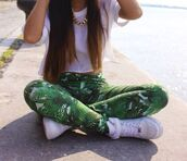blouse,jeans,jewels,shoes,t-shirt,floral pants,pants,green,leaves,palm tree,leggings,shirt,tights,palm tree print,summer,swag,hipster,green jeans,leaves printed,white shirt,nike air force 1,leaf print,skinny,green palm,weed,plants,printed pants,tropical,green & white jean,paradise,flowers,pattern,floral,romper,party,short,green leaves jeans,bomb,jungle leggins green leaf,palms,palmier,vert,pantalon,collorful