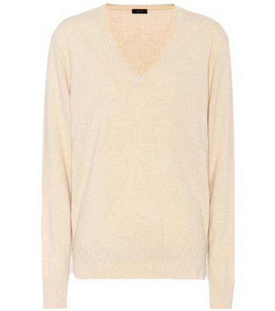 sweater beige