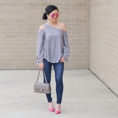 morepiecesofme,blogger,sunglasses,jewels,top,bag,shoes,chanel bag,pink heels,pumps,high heel pumps,skinny jeans,striped top