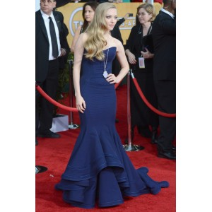 Amanda seyfried navy strapless evening dress 2013 sag awards red carpet