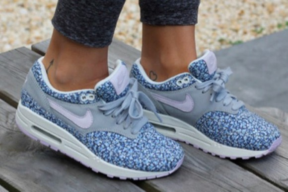 nike liberty nike air max 1 blue flowers