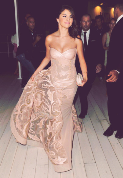dress selena gomez nude selena gomez fashion toast fashion vibe fashion squad fashion is a playground love more selena dress a fashion love affair flirting with fashion victoria's secret petit and sweet couture i want this dress, sexy, long, creamy color pink beautiful ball gowns