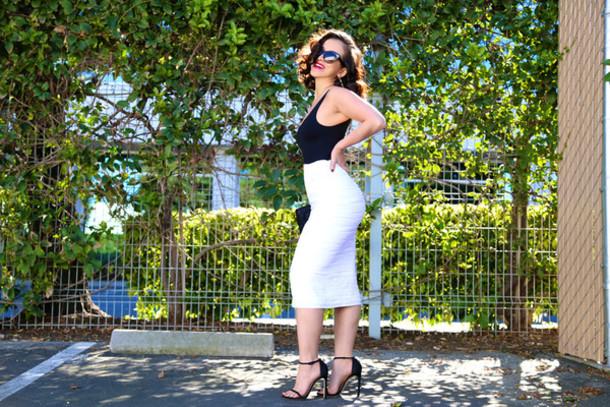 ktr style blogger bag leotard white skirt bodycon skirt black sandals