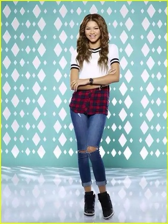blouse zendaya disney channel flannel shirt plaid shirt crop tops t-shirt mxlisa.xo x slay cute cute top cute outfits red white white top white t-shirt white crop tops white shirt black blakc black and white black top black t-shirt black crop top black and white blouse dope dope wishlist dope shirt ahoes shoes black shoes trainers sneakers high top sneakers shorts blue blue jeans high waisted jeans