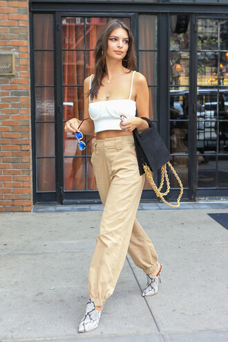 pants streetstyle model off-duty nyfw 2017 ny fashion week 2017 emily ratajkowski crop tops white white top top