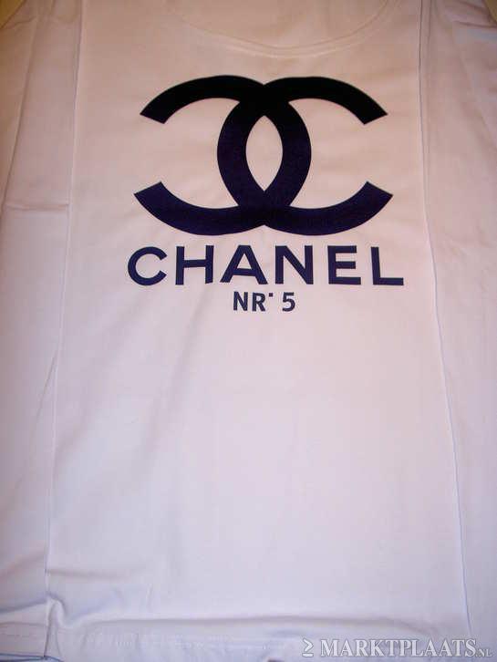 Shirt met chanel nr 5 logo fluor kleuren for Chanel logo t shirt to buy