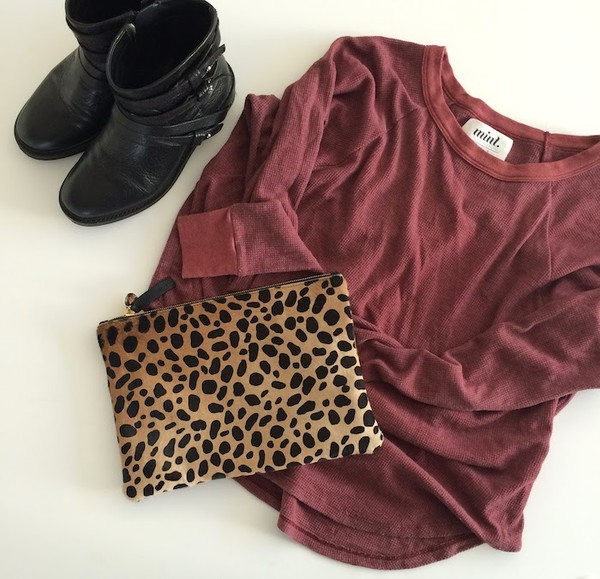 mint the blog blogger bag top black boots burgundy leopard print outfit