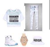 shirt,jeans,jewels,hair accessory,t-shirt,hat,shoes