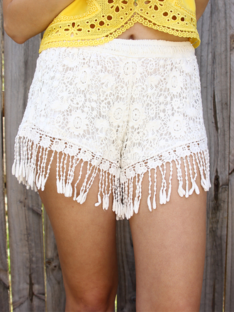 shorts lace shorts white summer shorts tassle shorts summer ootd ootd ootn