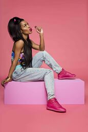 shoes,teyana taylor,Reebok,sneakers,jeans,top