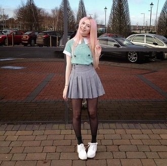 kayla hadlington blogger socks shoes pleated skirt collar grey skirt