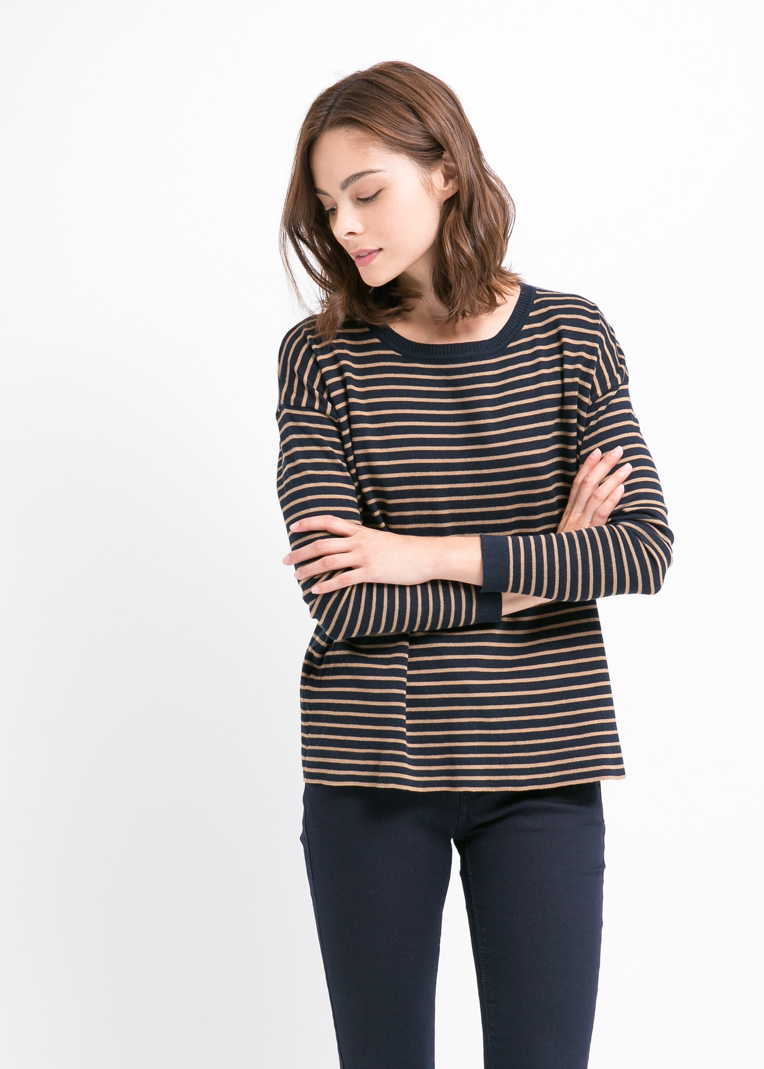 Round-neck striped sweater - Cardigans and sweaters for Women | MANGO