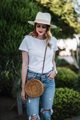 t-shirt blogger blogger style denim distressed denim summer hat earrings white t-shirt crossbody bag