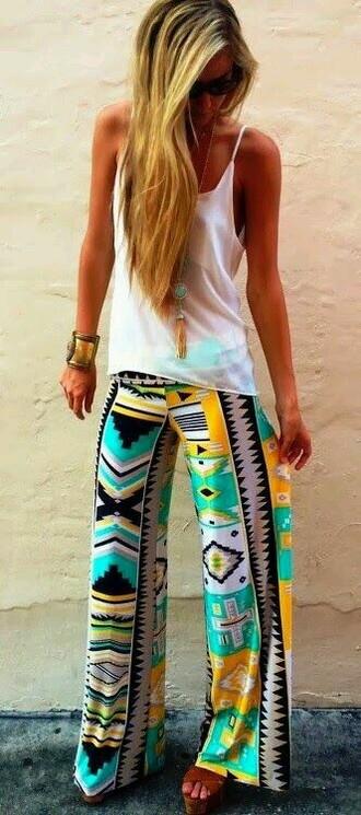 pants boho boho chic indie boho boho pants cute cute pants tribal pattern tribal/ aztec pattern nike free runs tank top midern white white tank top modern chic